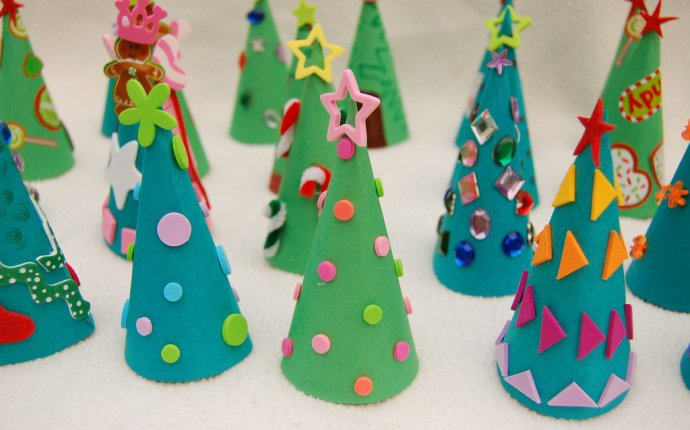 новогодние поделки из цветной бумаги своими руками для детей 10