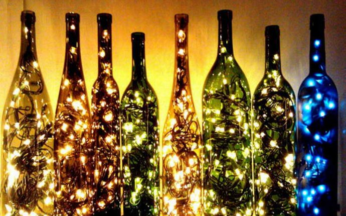Поделки из стеклянных бутылок: что сделать?